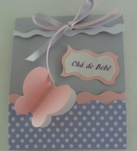 Delicado convite para chá de bebê ou chá de fraldas...Mede 7x7 cm, confeccionado em papel 120/180 gr. O texto do convite segue dentro do mesmo e poderá ser persnaizado. Surpreenda seus convidados. R$1,90