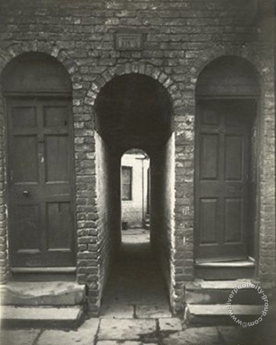 Liverpool, streets, liverpool-streets-l8-back-chester-street-dingle-3-1911