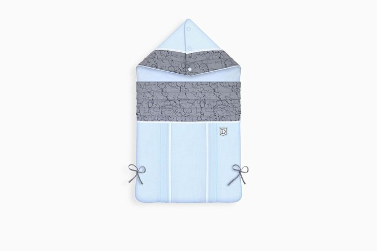 undefined Click here to enlarge the product picture SHAPED JACQUARD AND COTTON VOILE BUNTING BAG