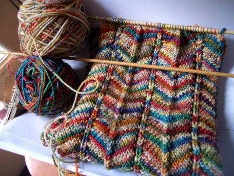 Knitted Scarf Patterns Using Sock Yarn : Chevron Scarf Lavori a maglia Pinterest Beautiful ...