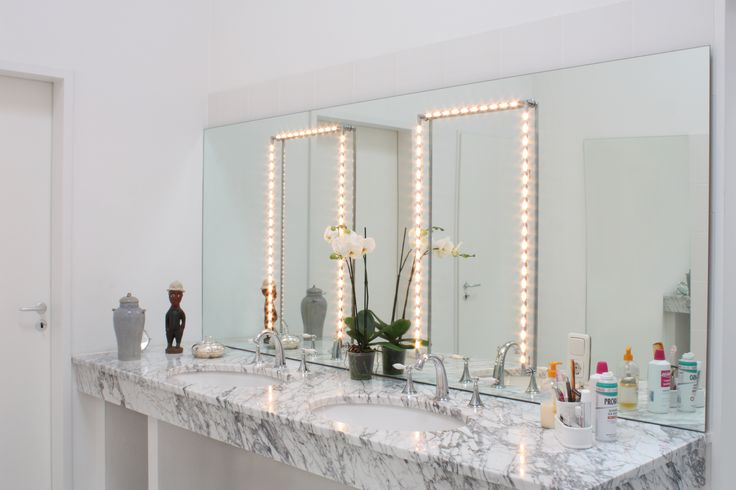 """betec """"Make up 3""""  These mirror lights surround your image with light. You may shine the rotating lamp directly on you or on the mirror to enjoy its indirect, reflected light."""