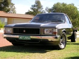 Holden WB One Tonner by WBTUNNA http://www.gmbuilds.net/holden-wb-one-tonner-build-by-wbtunna