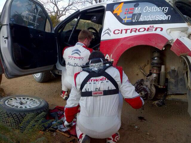 Mads Østberg trying to fix his car between stages. Rally Mexico 2014