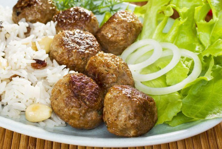 Karbonátky z vareného hovädzieho mäsa