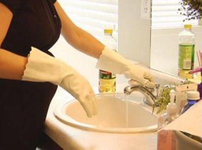 Scritto da http://www.ideetascabili.it/   il 24 febbraio 2011      Mi è capitato spesso di leggere in rete soluzioni per sgorgare lavandin...