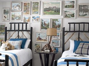 Twin beds with blue and white bedding..Guestroom, Guest Room, Bedrooms Design, Kids Room, Country Living, Boy Rooms, Twin Beds, Painting By Numbers, Boys Room