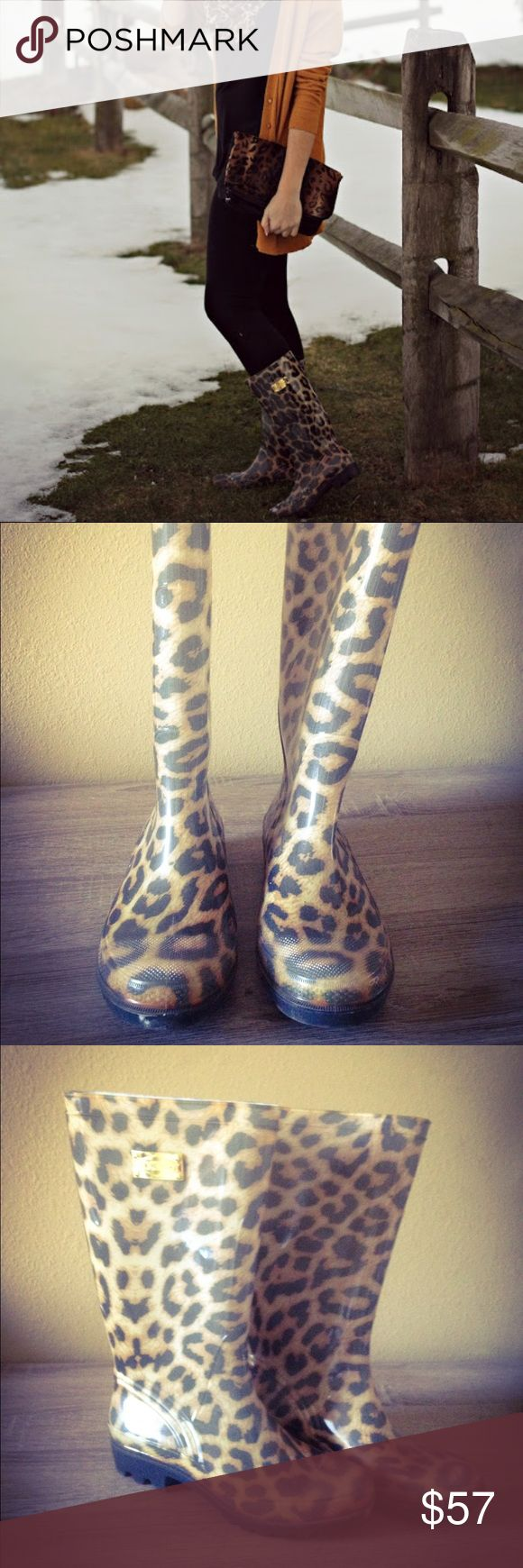 •GUESS Rain Boots• Leopard print GUESS rain boots. Only worn once, in great condition! Guess Shoes Winter & Rain Boots
