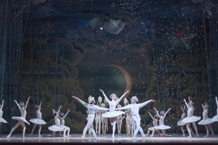 National Ballet of Canada's 21st staging of the Christmas classic sets the story in czarist Russia, and digs up its folkloric undertones