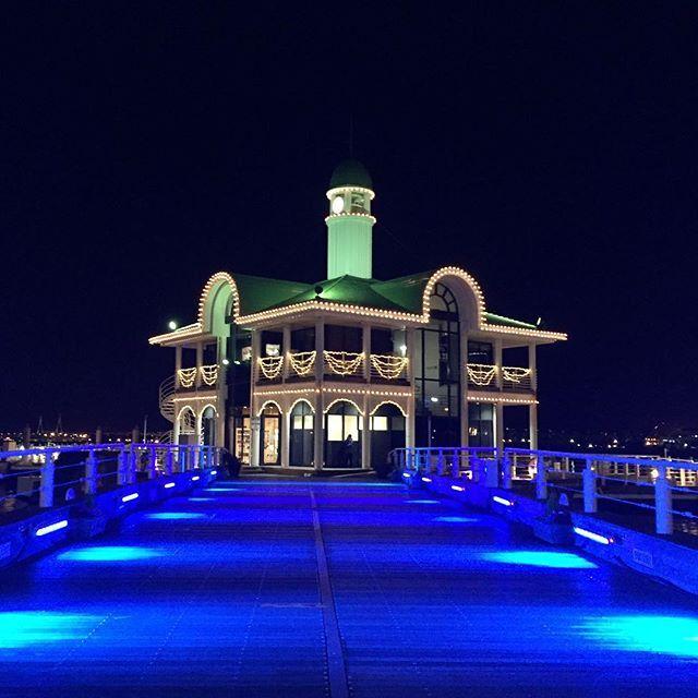 Instagram【blueblue.pier13】さんの写真をピンしています。 《今まで使っていた 位置情報、 何故出なくなった? 🏃 #Feb012017 #夜景 #ワークアウト #ランニング #トレーニング #イマソラ #横浜 #みなとみらい #定点 #Yokohama #running #workout  #nikeplus #tokyocameraclub #IGersJP #写真 #JAPAN #image_gram #nightsky #sky #photo #pic #instagood #night_view #loves_night #Japan_night_view #フォト #ファインダー越しの私の世界 #写真好きな人と繋がりたい #gallery》