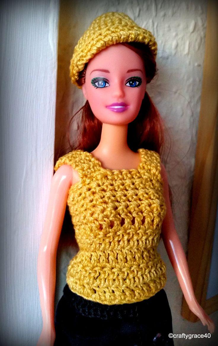 Completo bambola Barbie gonna nera velluto con perline e corpetto giallo senape + cappellino abbinato, fatto a mano all'uncinetto di DrittoRovescio su Etsy