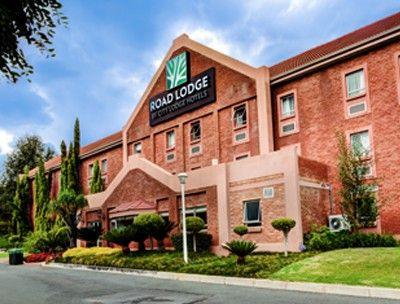 Enjoy a great stay at the one star graded Road Lodge Randburg