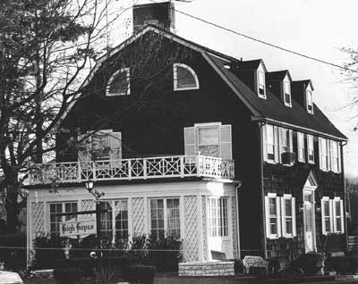 The Amityville Horror (1979) | Film Review: The Amityville Horror (1979) | Horrornews.net