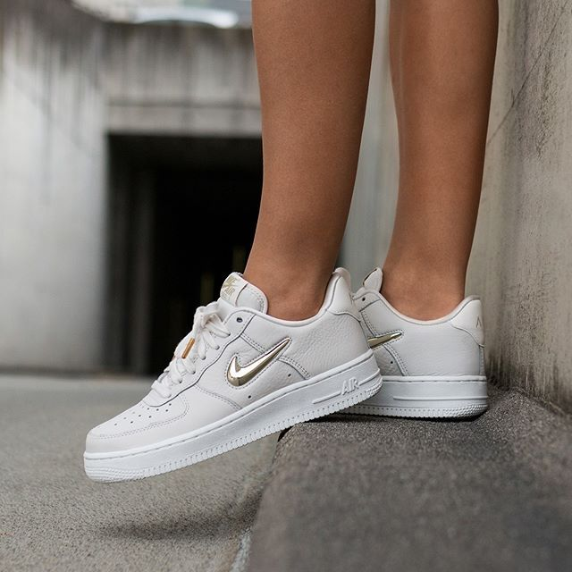Nike Wmns Air Force 1 '07 PRM LX | Nike air, Nike air force ...