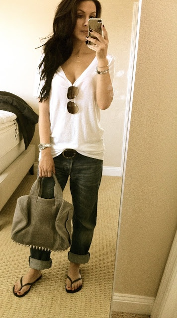 Obsessed with this look. Love the slouchy boyfriend tee and boyfriend jeans