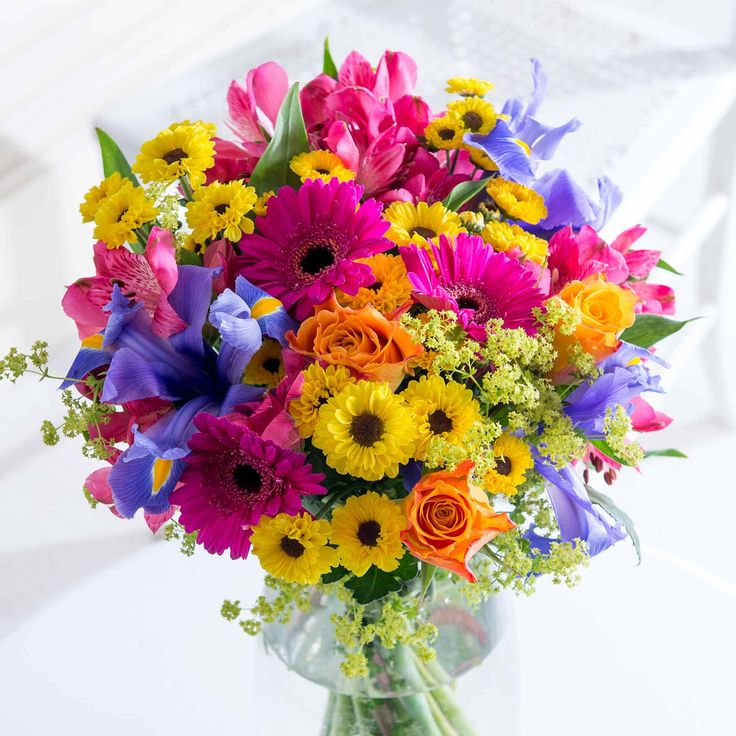 Vibrant Summer - Welcome in the long, sunny days with this striking bouquet.