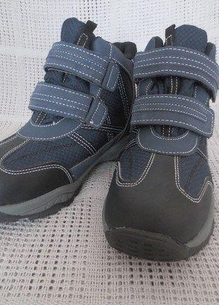 Kaufe meinen Artikel bei #Mamikreisel http://www.mamikreisel.de/kleidung-fur-jungs/halbhohe-stiefel/34051037-warme-halbstiefel-fur-jungs-blau-gr-35
