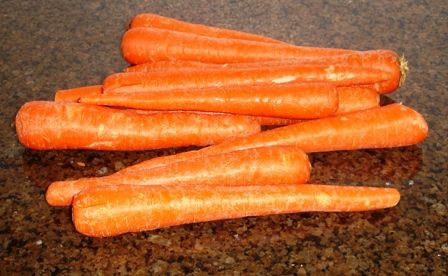 How to Freeze Carrots - Easily! With Step-by-step Photos, Recipe, Directions, Ingredients and Costs. Blanch for 2 minutes, ice bath for 2 minutes, drain, vacuum pack.