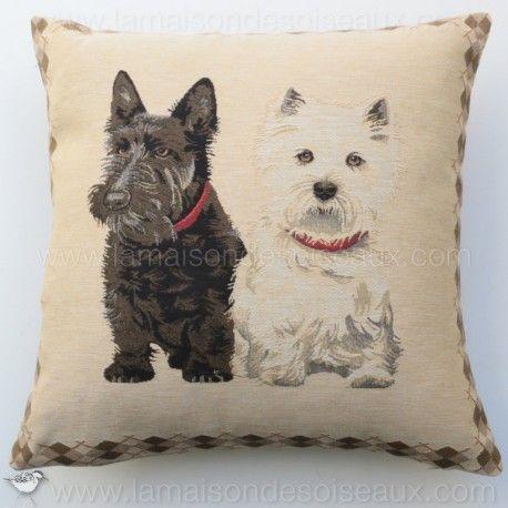 les 38 meilleures images du tableau dogs deco chiens sur pinterest chiens tapisserie et noir. Black Bedroom Furniture Sets. Home Design Ideas