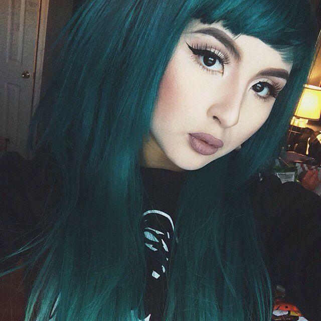 emerald  hair