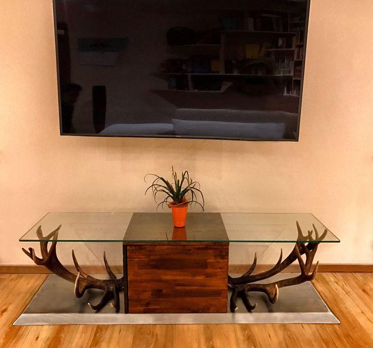 Superbe Hirschgeweih Deko Für Ihr Wohnzimmer #Wohnen #Ideen #Dekoration #Wilde  #Praktisch #ZuHause #Moderne #Deko #Jäger #Geschenke #Sprüche #geweih  #geweihdeko ...