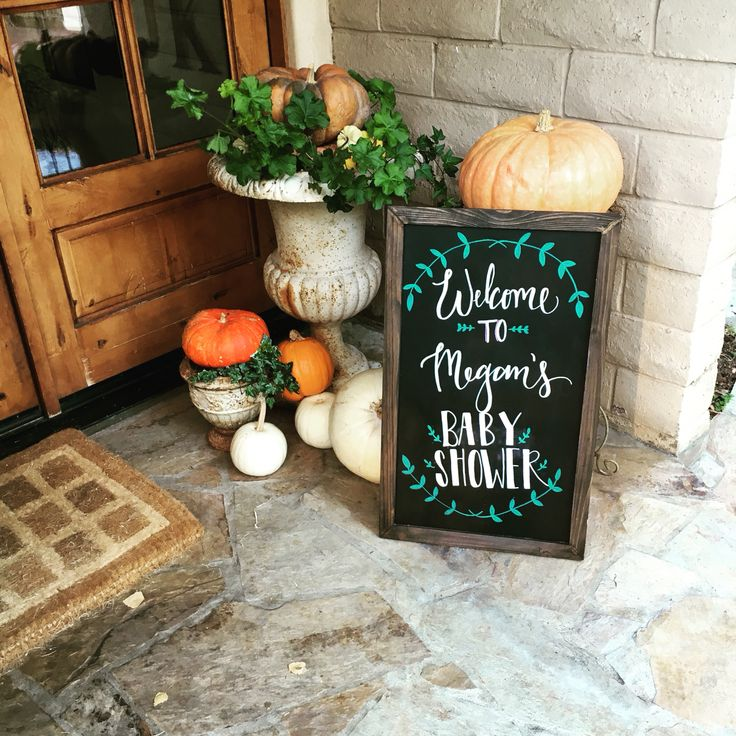 Custom hand lettered welcome sign for baby shower on chalkboard. By @thecraftingcasa