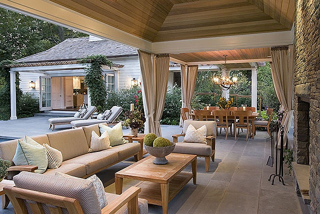 The perfect outdoor entertainment area.
