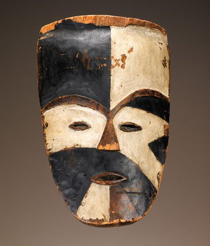 Africa | Tsogo peoples, Ogowe River region, Gabon | Late 19th to early 20th century  Wood, pigment