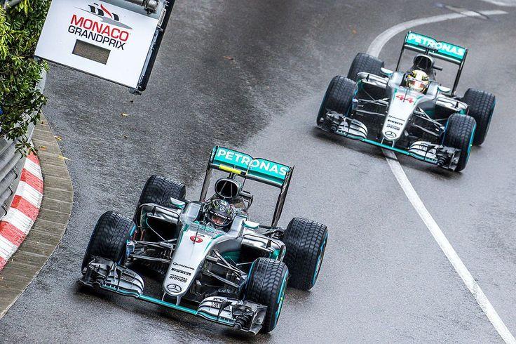 1024px-Rosberg_Hamilton_-_2016_Monaco_GP_2.jpg (1024×683)