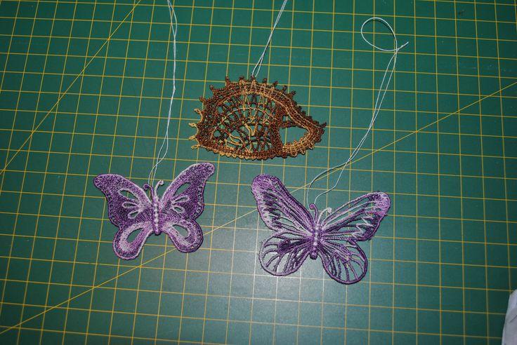 Maskinebroderede pindsvin og sommerfugle Machine embroidery