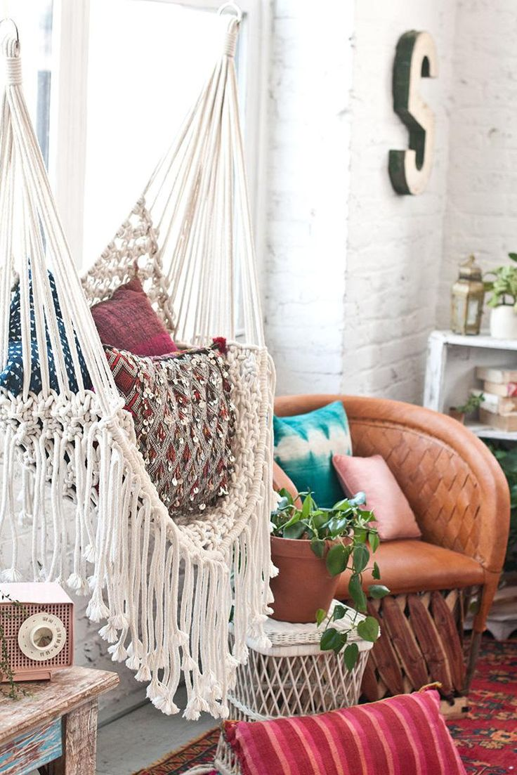 993 best images about cool spaces on pinterest - Make a macrame hanging chair ...