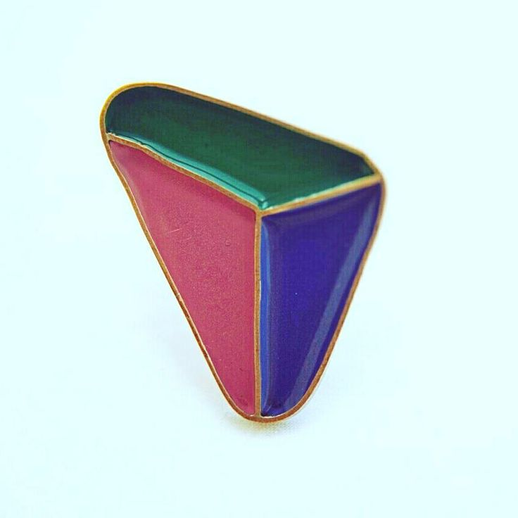 #triangle #handmade #geometric #ring #jewlery #manycolors #couper #liquidglass#χειροποιητακοσμηματα…""