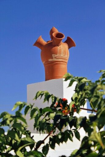 """This is """"Flaros"""" in Sifnos island, Greece.  - Selected by www.oiamansion.com in Santorini."""