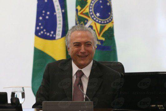 Temer toma posse e já gravou pronunciamento que vai ao ar nesta noite - http://po.st/Xnac7C  #Política - #Dilma-Rousseff, #Gravação, #Temer