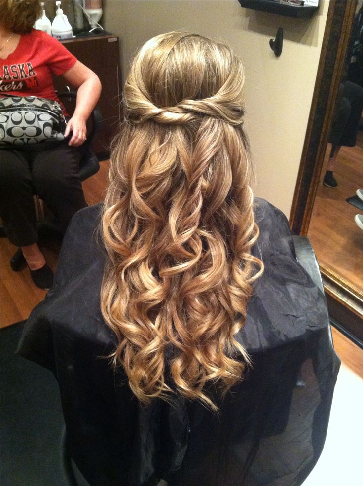 Awe Inspiring 1000 Ideas About Homecoming Hair On Pinterest Homecoming Makeup Hairstyle Inspiration Daily Dogsangcom