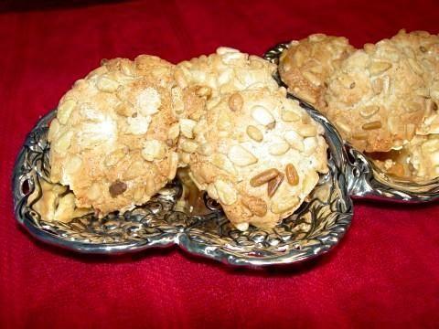 Pignoli Cookies!!: Amaretti Cookies, Italian Cookies, Favorite Cookies, Christmas Cookies, Pignoli Cookies, Pinenut Cookies, Pine Nut, Amaretti Pinenut, Pignoli Amaretti