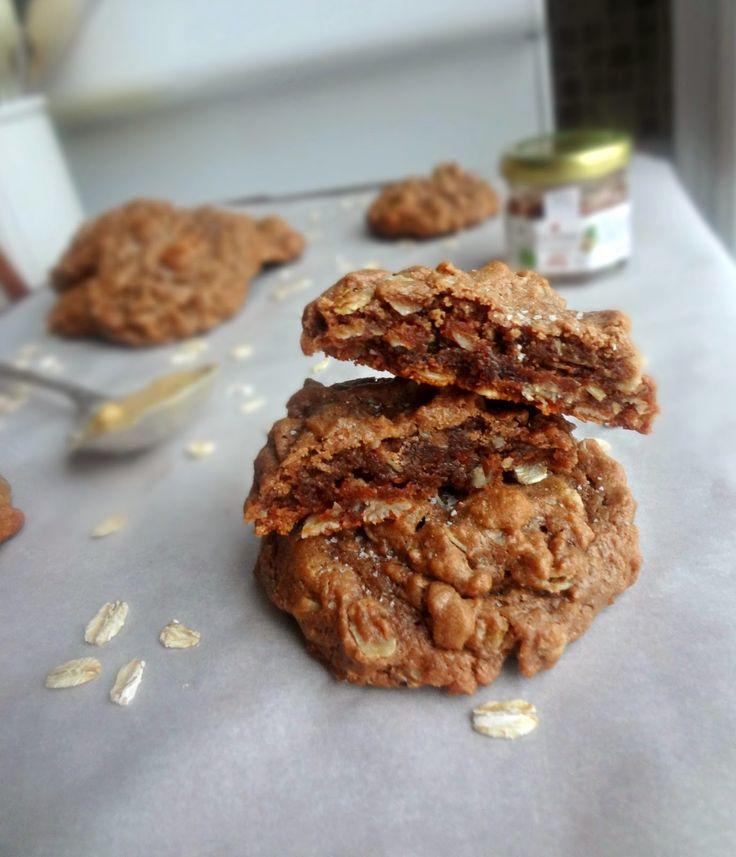 The Cooking Actress: Flourless Peanut Butter & Nutella Oatmeal Cookies