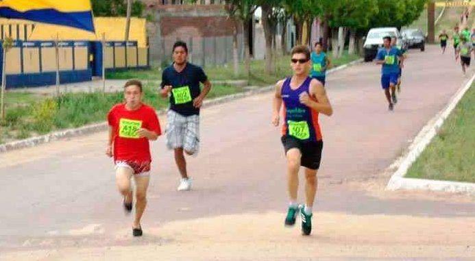 El atleta Nahuel Villalba corrió en alpargatas y triunfó