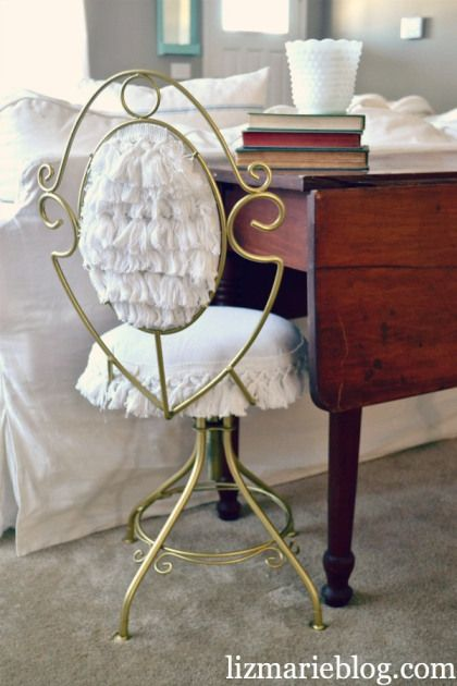 Thrifted Vanity Chair Makeover