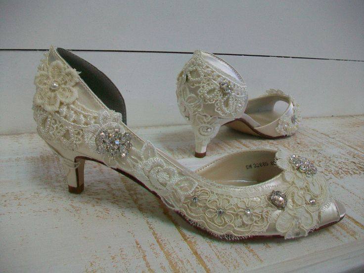 1000  images about Wedding Shoes on Pinterest   Kitten heel shoes