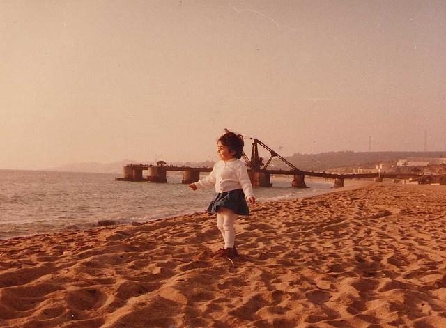 """Me in playa Acapulco, Viña del mar. 1984. Behind the """"Muelle Vergara"""""""