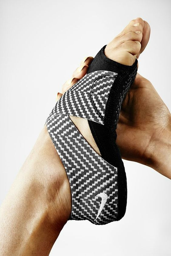 Great for yoga & piloxing  Nike Wraps!