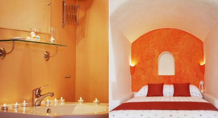 Studio accommodation at Golden Sunset Villas, in #Oia_Santorini.