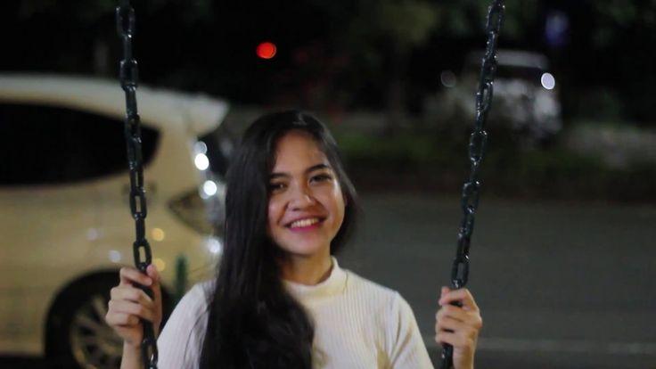 Payung Teduh - Untuk Perempuan yang Sedang Dalam Pelukan (Cover Video Clip)