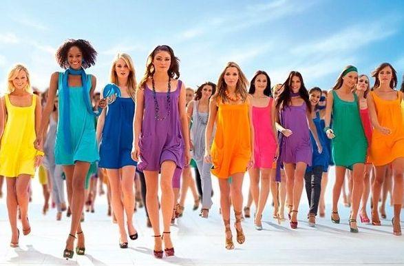 Любимый цвет и характер http://sovjen.ru/lyubimyy-cvet-i-kharakter  Любимый цвет может многое рассказать о характере человека, и в первую очередь это касается цветов одежды. Отправляясь на первое свидание или важную деловую встречу, у каждого из нас есть четкие представления о том, какой эффект вы хотите произвести своим внешним видом. Первое впечатление о человеке складывается не только из его поведения, но и в не ...