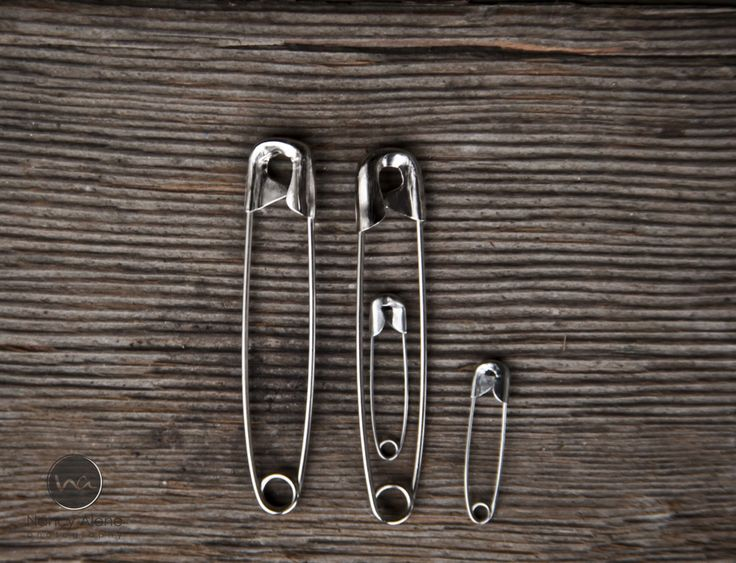 Pregnancy Announcement....lol Kinda silly. Wonder if it would work with large & small paper clips? Love paper clips. haha