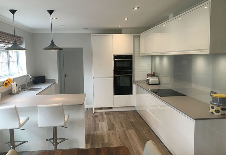 5194 best images about cocinas on pinterest countertops all white kitchen and open shelving. Black Bedroom Furniture Sets. Home Design Ideas