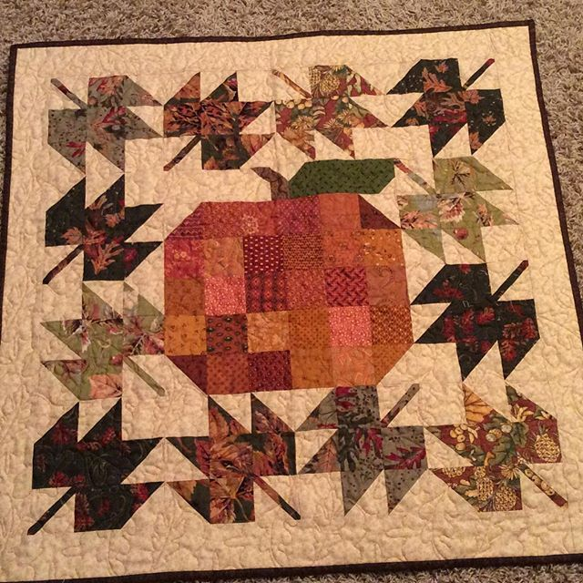Farm Girl Patchwork Pumpkin and  Scrappy Maple leaf blocks. I'm getting ready…
