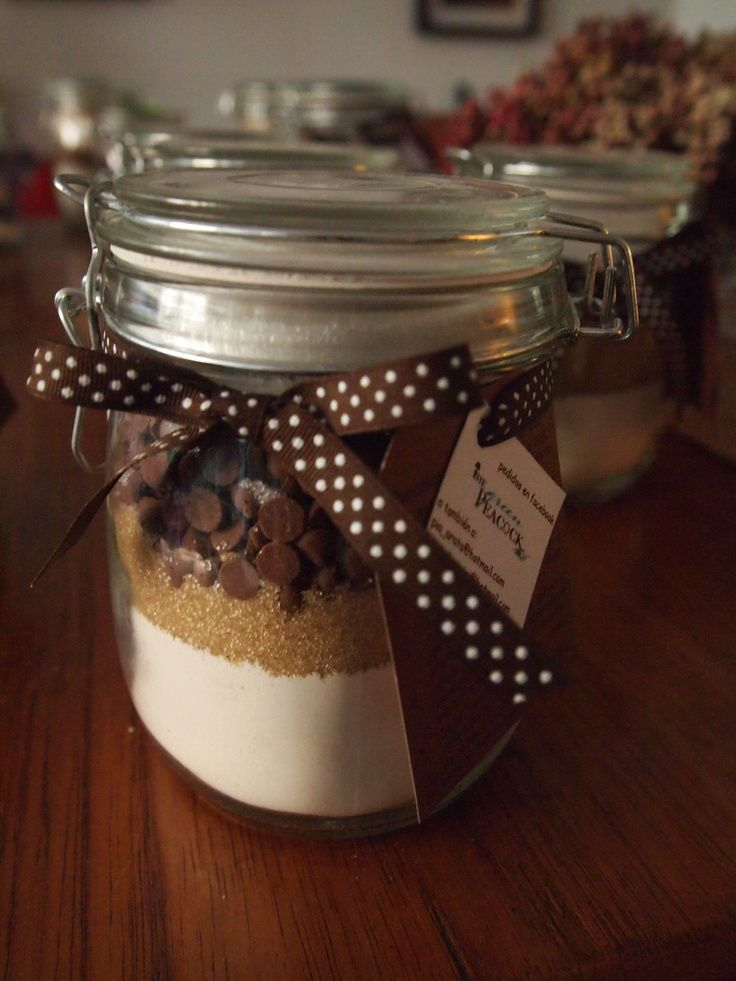 Chocolate chip cookie mix (gift idea)