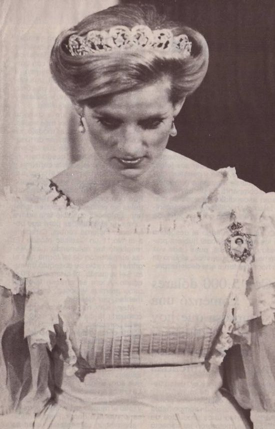 Diana in the Spencer tiara and pale lemon/cream Gina Fratini gown