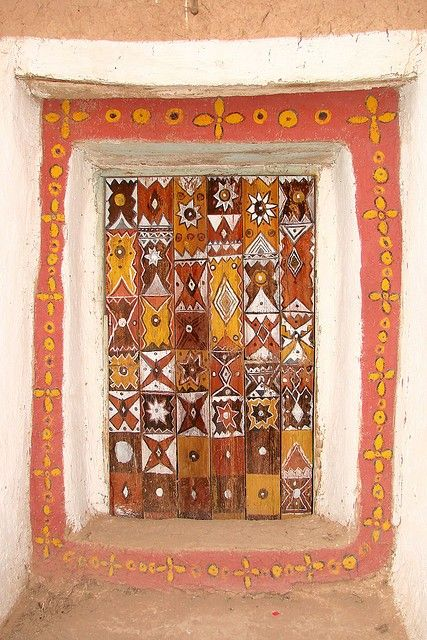 Moroccan door - a touch of Klimt me thinks!